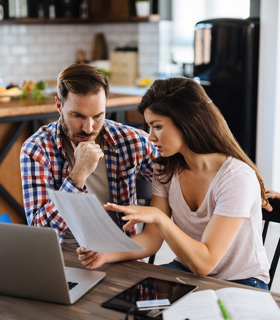 couple-applying-for-a-mortgage