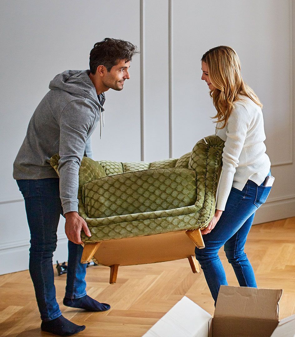 first-time-buyers-moving-sofa